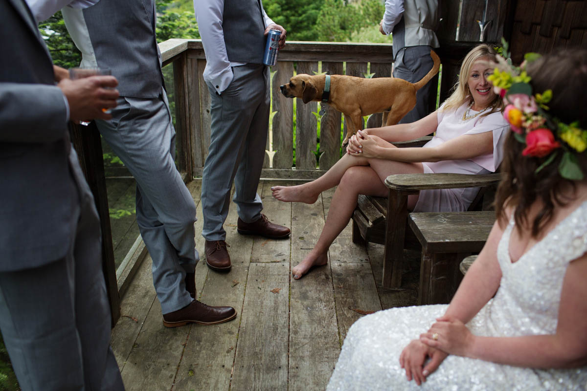 An Intimate Beach Wedding At Craidelonna Oceanedge Lodge In Sooke Bc